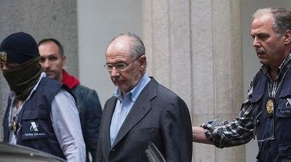 Ex director del fmi acusado de corrupci n for Oficina de hacienda madrid